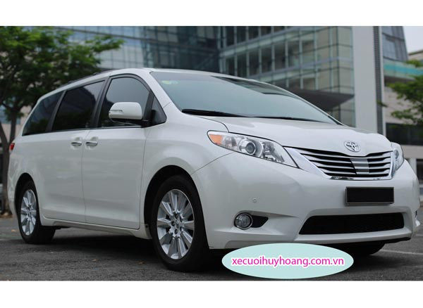 Xe tự lái TOYOTA SIENNA LIMITED